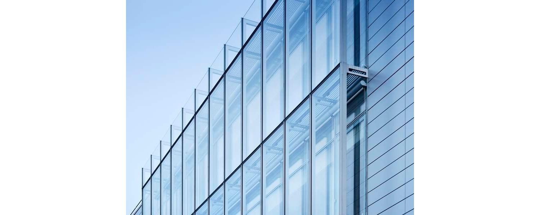 Thi công và lắp đặt các sản phẩm nhôm kính dân dụng và công nghiệp…